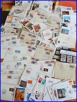 LOT #65 FRANCE COLONIES MONDE volumineuse collection timbres lettres 557 photos